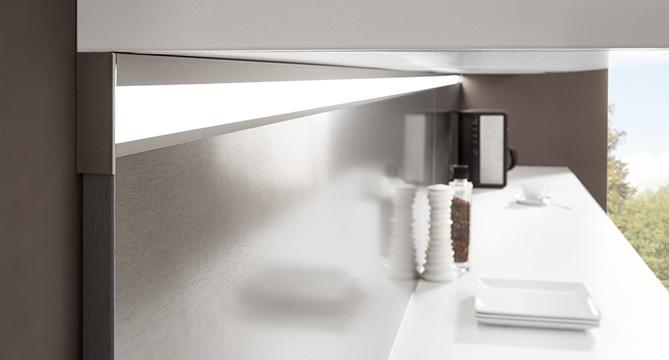 Nett lichtboden k che bildergalerie licht a30 kuchenmeile beleuchtung kuche gera leuchten - Beleuchtungssysteme wohnzimmer ...