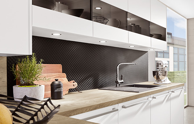 Niche cladding for more personality in your kitchen.