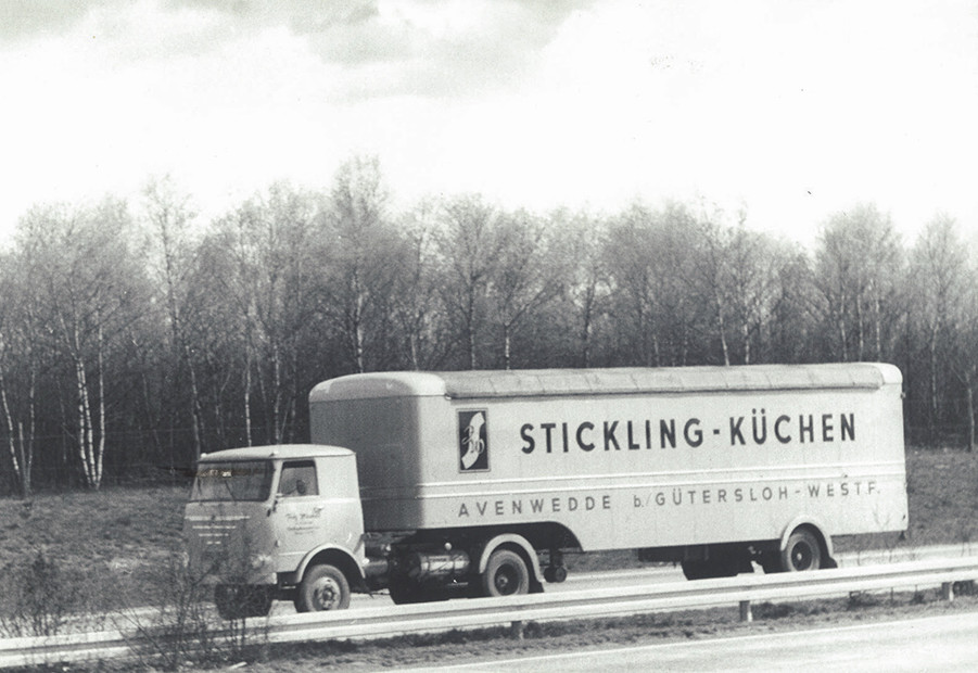 1961 : Acquisition du premier camion.
