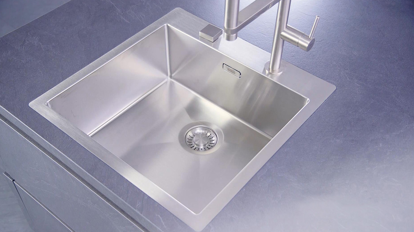 Built-in sink, flush mounted 3:42